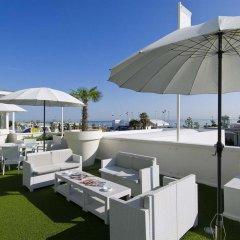 Hotel Mediterraneo бассейн