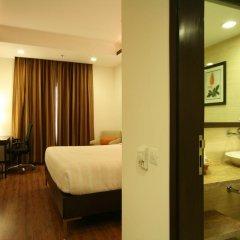 Отель Four Points by Sheraton New Delhi, Airport Highway 4* Номер Комфорт с различными типами кроватей фото 3