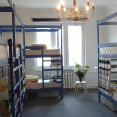 Goldfish Hostel Кровати в общем номере с двухъярусными кроватями фото 10