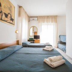 Hotel Nizza 2* Номер с общей ванной комнатой с различными типами кроватей (общая ванная комната) фото 3