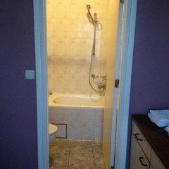 Отель Hôtel Stalingrad 2* Стандартный номер с двуспальной кроватью фото 3