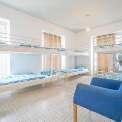 Vistas de Lisboa Hostel Кровать в общем номере с двухъярусной кроватью фото 8