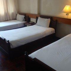 Отель Suda Palace Бангкок комната для гостей фото 3
