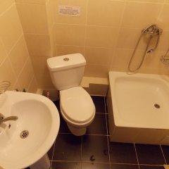 Отель GD Dinar Sky Кыргызстан, Каракол - отзывы, цены и фото номеров - забронировать отель GD Dinar Sky онлайн ванная