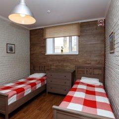 Хостел Кукуруза Стандартный семейный номер с разными типами кроватей (общая ванная комната) фото 5