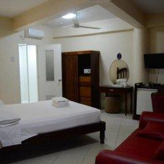 Kiwi Hotel 3* Улучшенный номер с различными типами кроватей фото 3