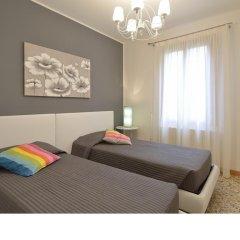 Отель Madame V Apartments Италия, Венеция - отзывы, цены и фото номеров - забронировать отель Madame V Apartments онлайн комната для гостей фото 3