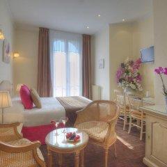 Отель Hôtel Vendôme 3* Стандартный номер с различными типами кроватей фото 2