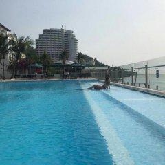 Отель Cozzy Seaview Apartment Вьетнам, Вунгтау - отзывы, цены и фото номеров - забронировать отель Cozzy Seaview Apartment онлайн бассейн фото 2
