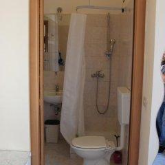 Отель Merulana Star Номер категории Эконом с различными типами кроватей фото 16