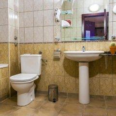 Отель Plaza Hotel Болгария, Варна - отзывы, цены и фото номеров - забронировать отель Plaza Hotel онлайн ванная