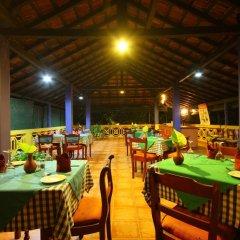 Отель Laluna Ayurveda Resort Шри-Ланка, Бентота - отзывы, цены и фото номеров - забронировать отель Laluna Ayurveda Resort онлайн питание