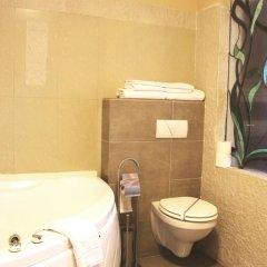 Royal Classic Hotel 3* Улучшенные апартаменты с различными типами кроватей фото 8