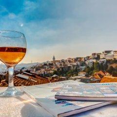 Plus Hotel Cihangir Suites Стамбул бассейн