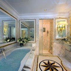 Royal Olympic Hotel 5* Стандартный номер с двуспальной кроватью фото 3
