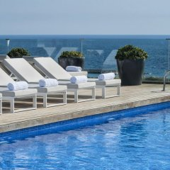 AC Hotel Barcelona Forum by Marriott бассейн