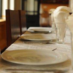 Отель Cheriton Residencies Шри-Ланка, Коломбо - отзывы, цены и фото номеров - забронировать отель Cheriton Residencies онлайн спа