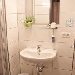 Hotel Zur Post 3* Стандартный номер фото 10