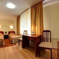 Гостиница Голосеевский 2* Стандартный номер с 2 отдельными кроватями (общая ванная комната) фото 2