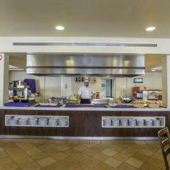 Отель Aparthotel Holiday Center питание фото 2