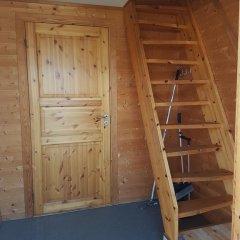 Отель Tjeldsundbrua Camping Коттедж с различными типами кроватей фото 28