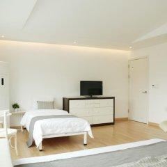 Отель The Mei Haus Hongdae 3* Стандартный семейный номер с двуспальной кроватью фото 3