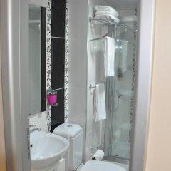 Falcon Hotel ванная