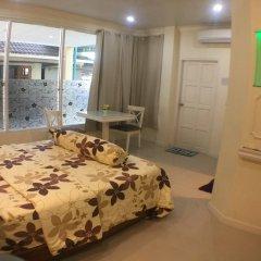 Отель Phuket Airport Suites & Lounge Bar - Club 96 Номер Делюкс с двуспальной кроватью фото 3