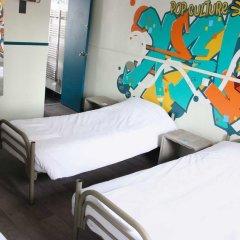 Отель Hôtel Absolute Paris République 2* Кровать в общем номере с двухъярусной кроватью фото 3