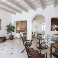 Отель Ca S'arader Испания, Сьюдадела - отзывы, цены и фото номеров - забронировать отель Ca S'arader онлайн интерьер отеля фото 2