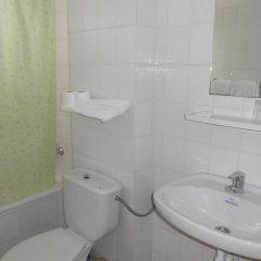 Отель Marbella Испания, Курорт Росес - отзывы, цены и фото номеров - забронировать отель Marbella онлайн ванная