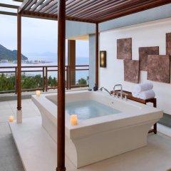 Отель Anantara Sanya Resort & Spa 5* Люкс с различными типами кроватей