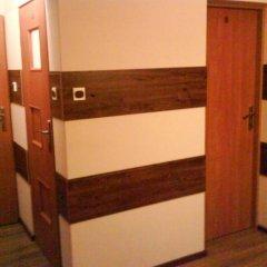 Отель Megi-noclegi сейф в номере