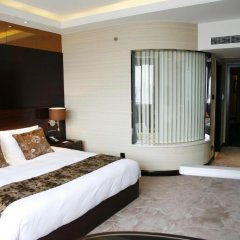 Отель Mercure Shanghai Royalton 4* Стандартный номер с различными типами кроватей фото 5