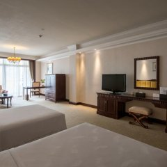 Guangzhou Phoenix City Hotel 4* Представительский номер с разными типами кроватей фото 2
