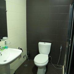 Отель Marlyn Грузия, Тбилиси - 1 отзыв об отеле, цены и фото номеров - забронировать отель Marlyn онлайн ванная