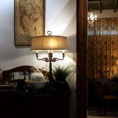 Отель The Bhuthorn Bed and Breakfast интерьер отеля фото 2