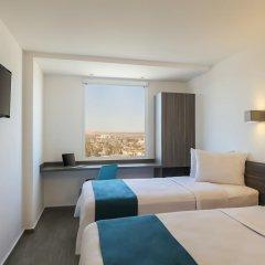 Отель One Durango 3* Улучшенный номер с 2 отдельными кроватями фото 2