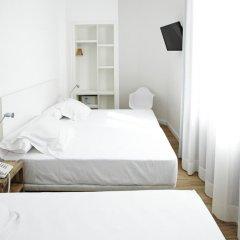Отель Som Nit Born Стандартный номер с различными типами кроватей