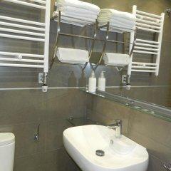 Отель Hostal House ванная фото 2