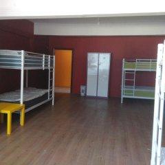 Van Backpackers Hostel Стандартный номер с двуспальной кроватью
