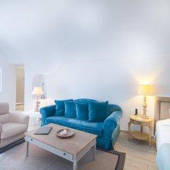 Отель Aqua Luxury Suites Люкс с различными типами кроватей фото 10