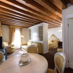 Hotel Ai Reali di Venezia 4* Стандартный номер с различными типами кроватей фото 6