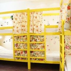 Отель Жилое помещение Скворечник Кровать в общем номере фото 3