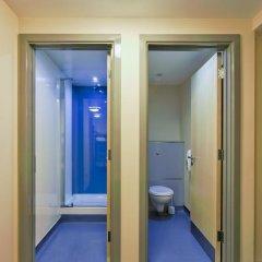 Отель YHA London St Pancras Кровать в женском общем номере с двухъярусной кроватью