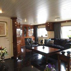 Отель Baxter Hoare Hotel Ship Германия, Кёльн - отзывы, цены и фото номеров - забронировать отель Baxter Hoare Hotel Ship онлайн интерьер отеля