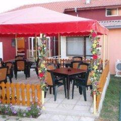 Отель Rusalka Bungalows Болгария, Аврен - отзывы, цены и фото номеров - забронировать отель Rusalka Bungalows онлайн питание фото 2