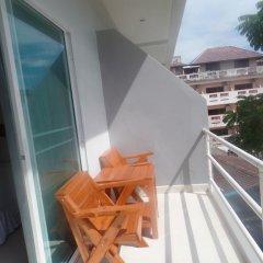 Отель Kasemsuk Guesthouse Стандартный номер с различными типами кроватей фото 7