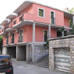 Апартаменты Lero Apartments парковка