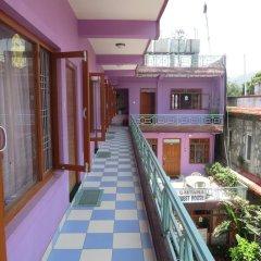Отель Gautama Guest House Непал, Покхара - отзывы, цены и фото номеров - забронировать отель Gautama Guest House онлайн балкон